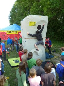 Bouldercontest auf dem Volltrauf-Festival
